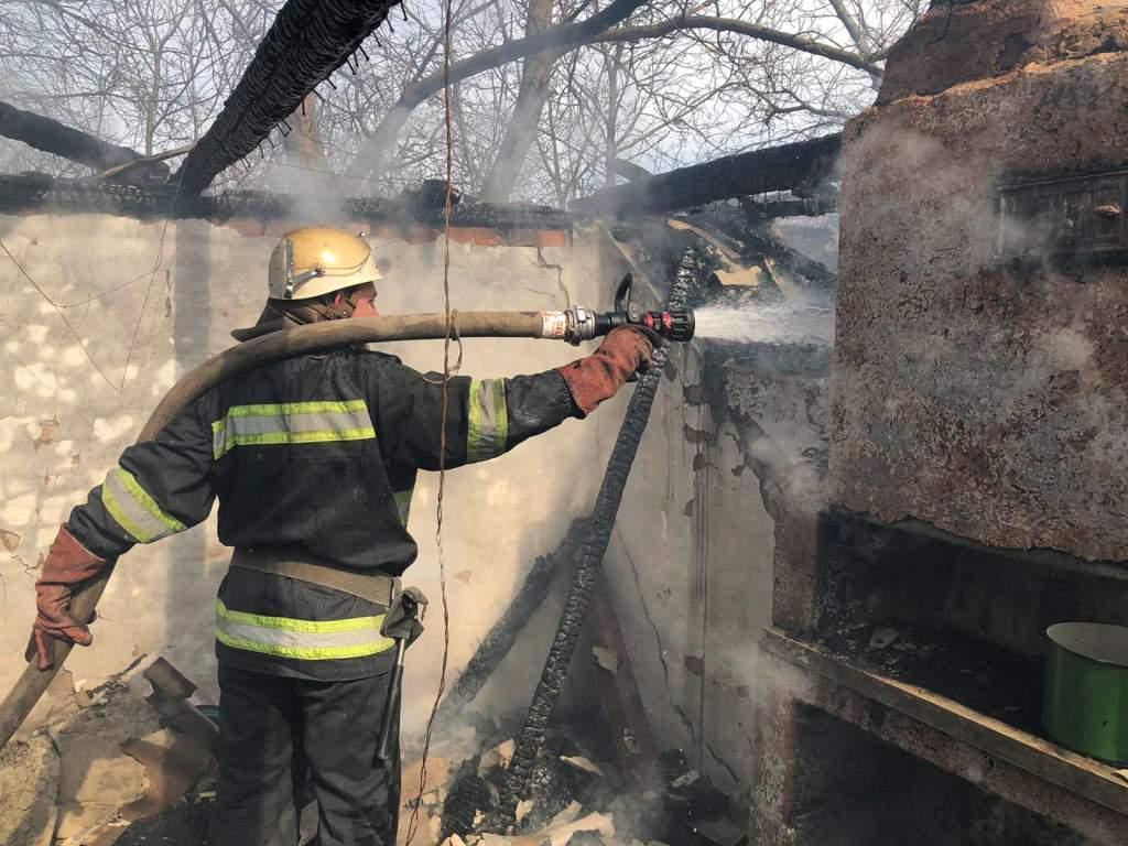За добу на Черкащині сталося 12 пожеж трави. Є загиблі (ФОТО)