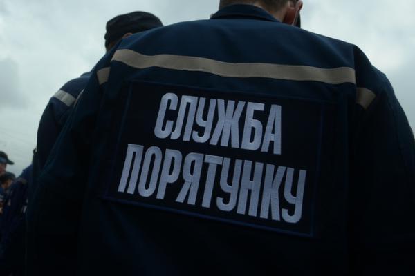 Рятувальники Черкащини допомогли жінці, яка була зачинена в квартирі