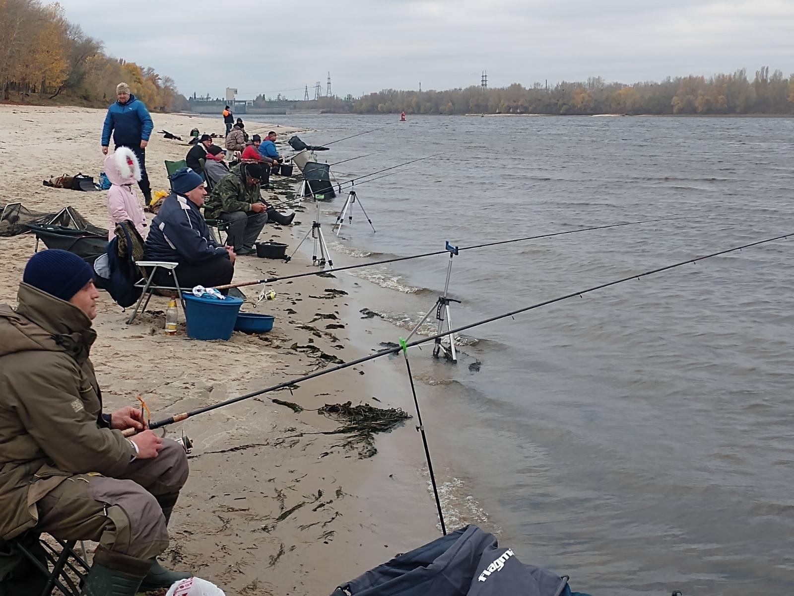 У Каневі змагалися рибалки-аматори (ФОТО)