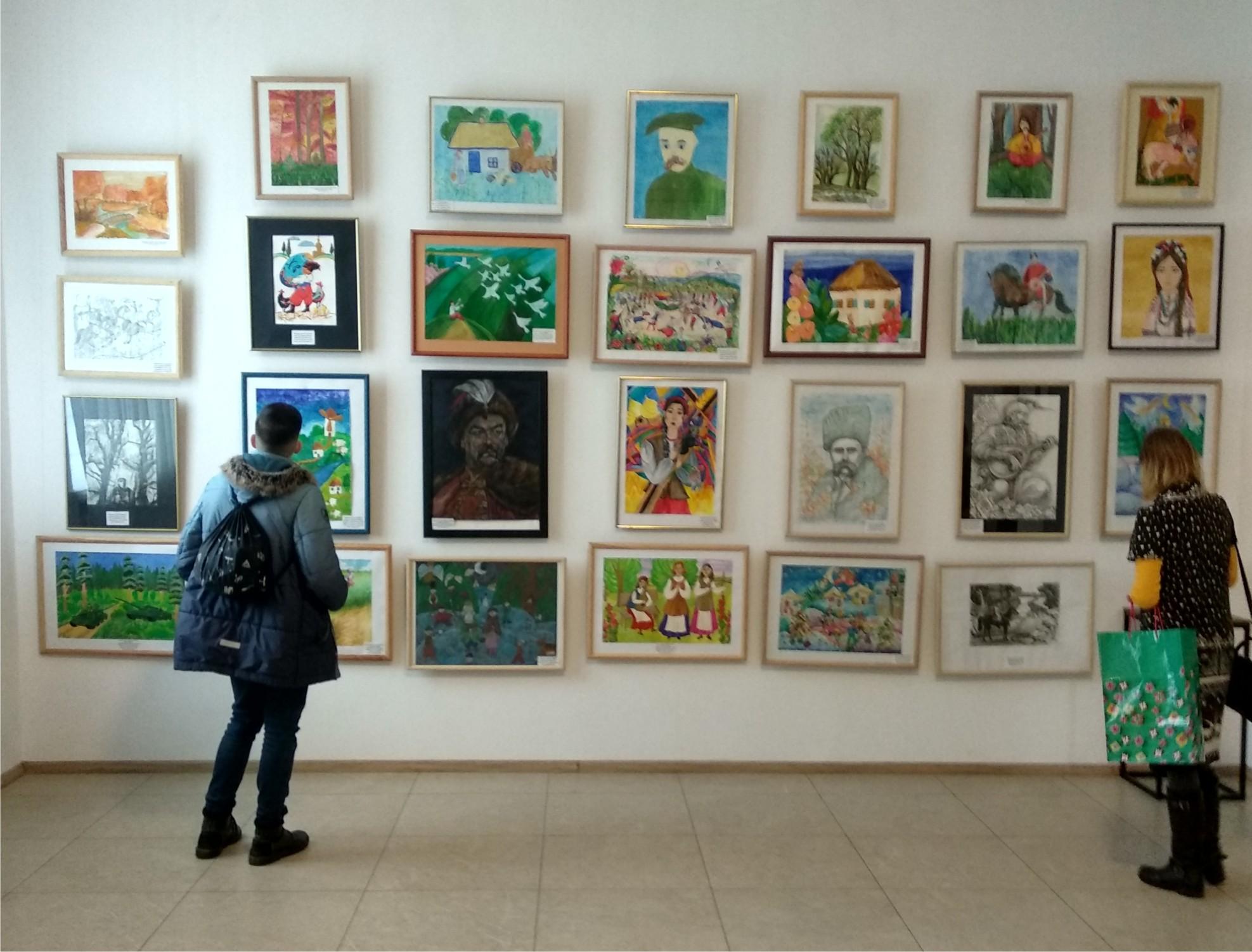 Учні мистецьких шкіл Черкащини презентували роботи до дня народження Шевченка