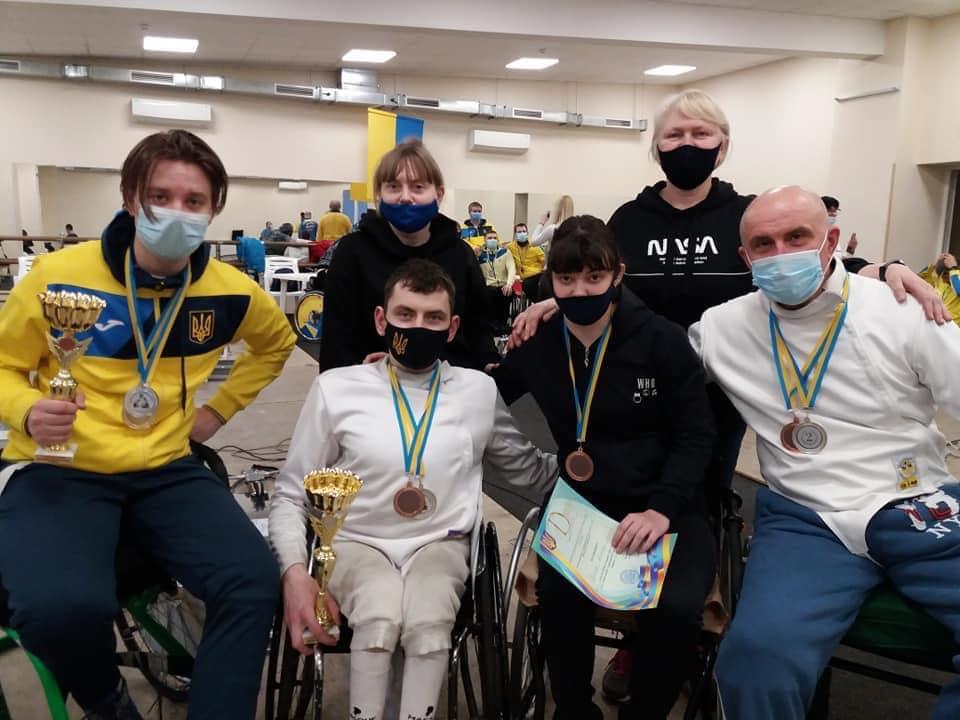 Черкащани вибороли 11 медалей кубку України з фехтування на візках
