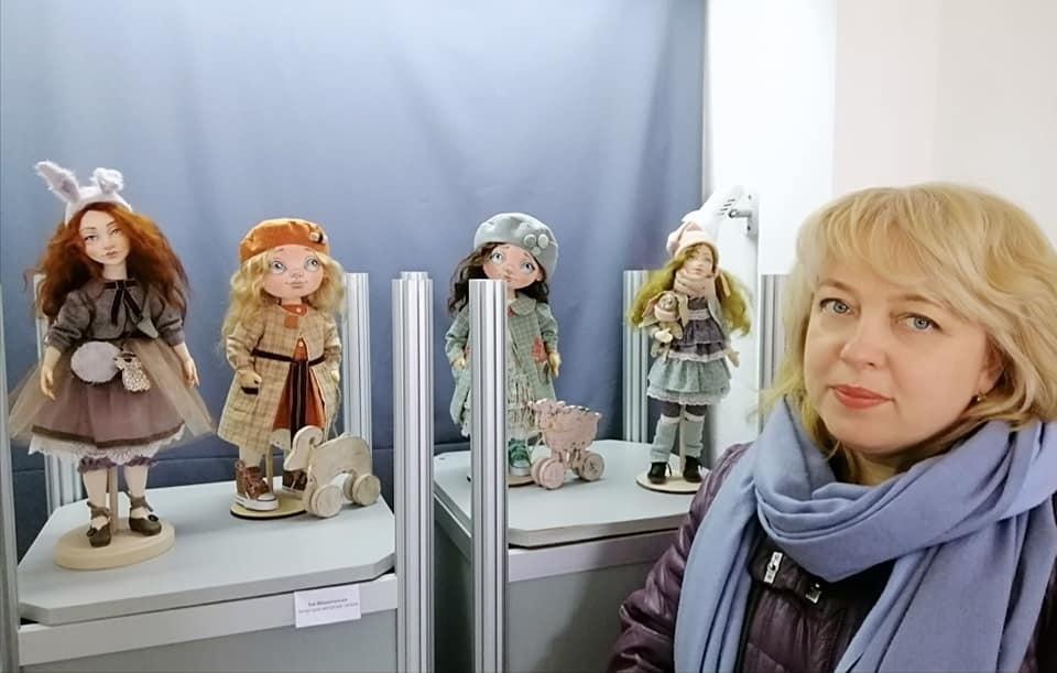 """Уманські митці презентували """"Весняний вернісаж"""" (ФОТО)"""