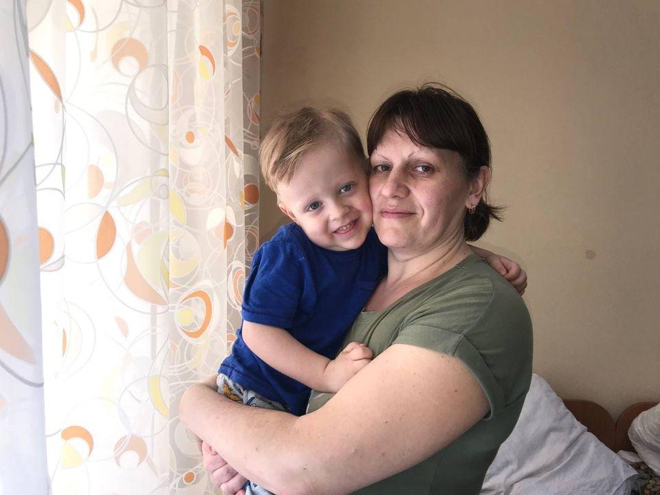 Великоднє диво для Макса: дворічному черкасцю потрібна допомога в боротьбі з раком