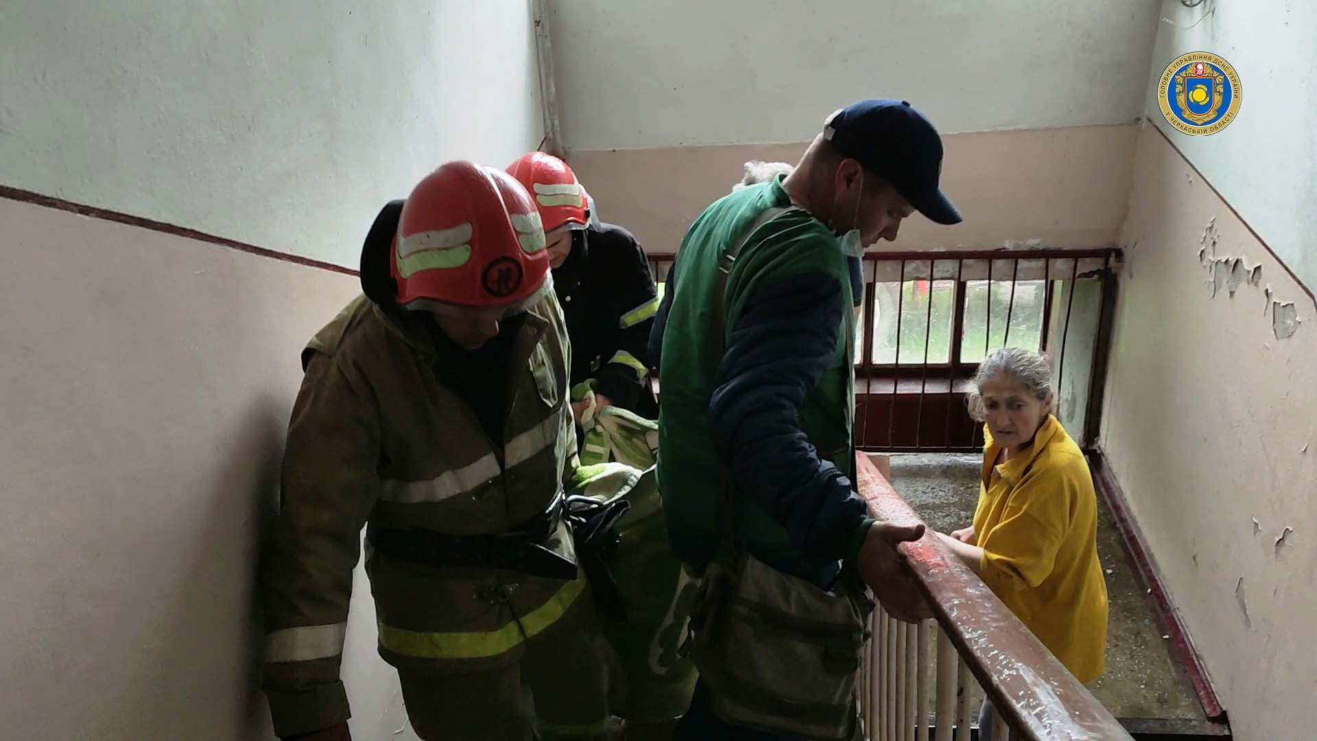 У Жашкові під час пожежі з будинку врятували пенсіонера