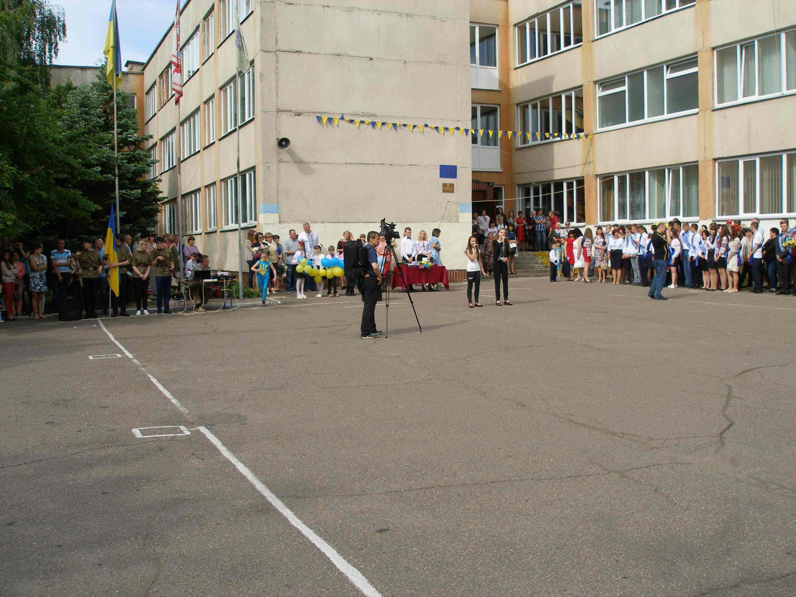 Бондаренко створює комісію, аби перевірити, чи справедливо директор школи програв конкурс