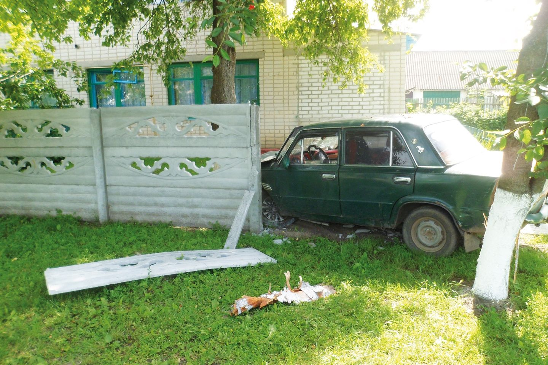 На Черкащині неповнолітні дівчата напідпитку втрапили в ДТП