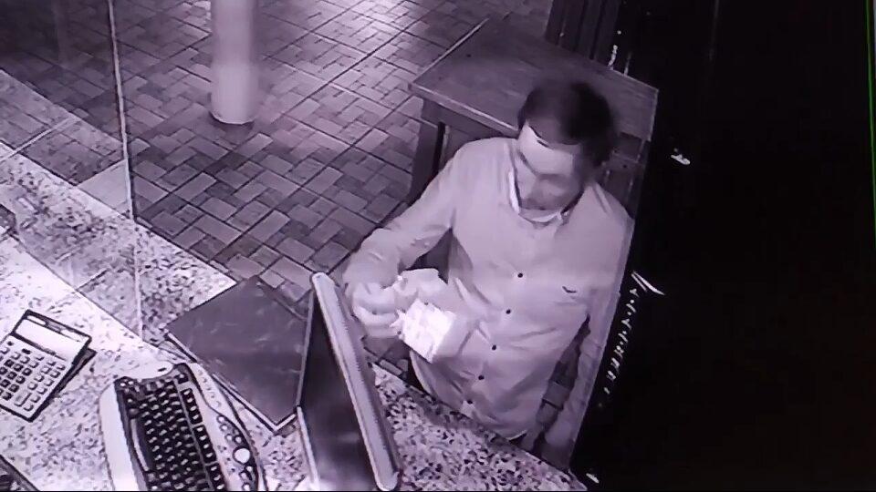 На Черкащині чоловік вкрав скриньку з пожертвами. Його відпустили